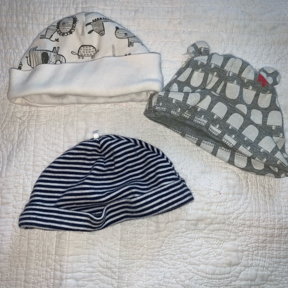 GAP Other - Lot of baby hats